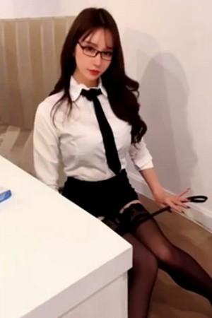 性感女神周于希Sandy 女教师深夜剧情故事《女教师下班合集》[1V]