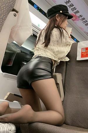 性感女神芝芝Booty《精心芝作》系列自拍写真&视频 [150P+1V]